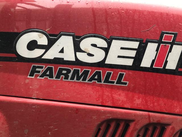 Case Farmall 105U
